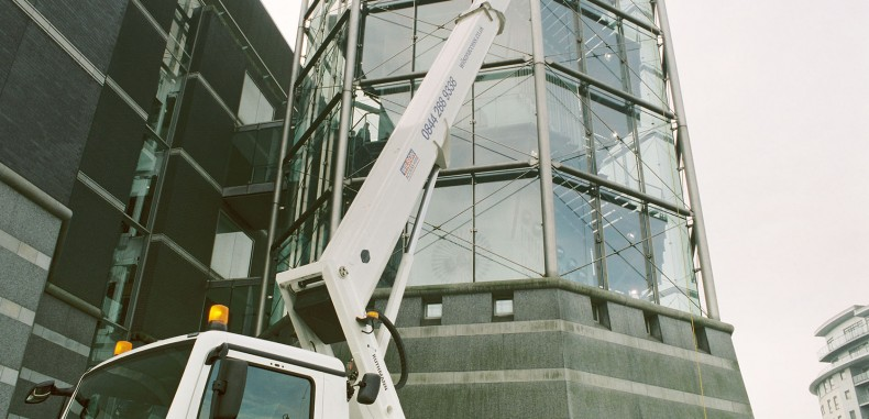 Wilson Access Truck Mount Tackles The Hall Of Steel